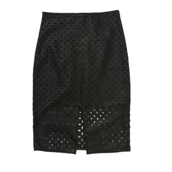 Banana Republic Dresses & Skirts - Laser Cut Faux Leather Pencil Skirt sz 6